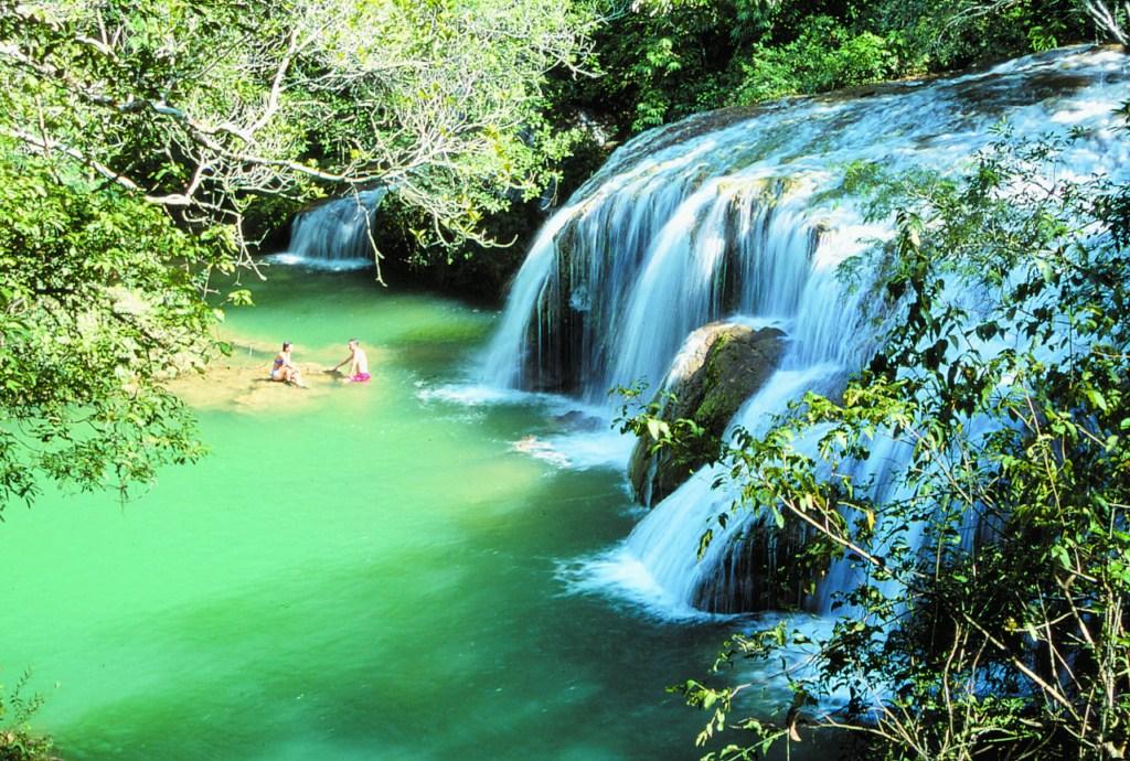 cachoeira-parque-petar-em-iporanga
